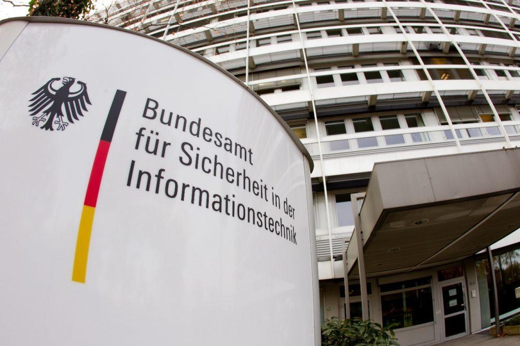 Eingang Dienstgebäude des BSI, Godesberger Allee 185-189, 53175 Bonn Quelle: Bundesamt für Sicherheit in der Informationstechnik